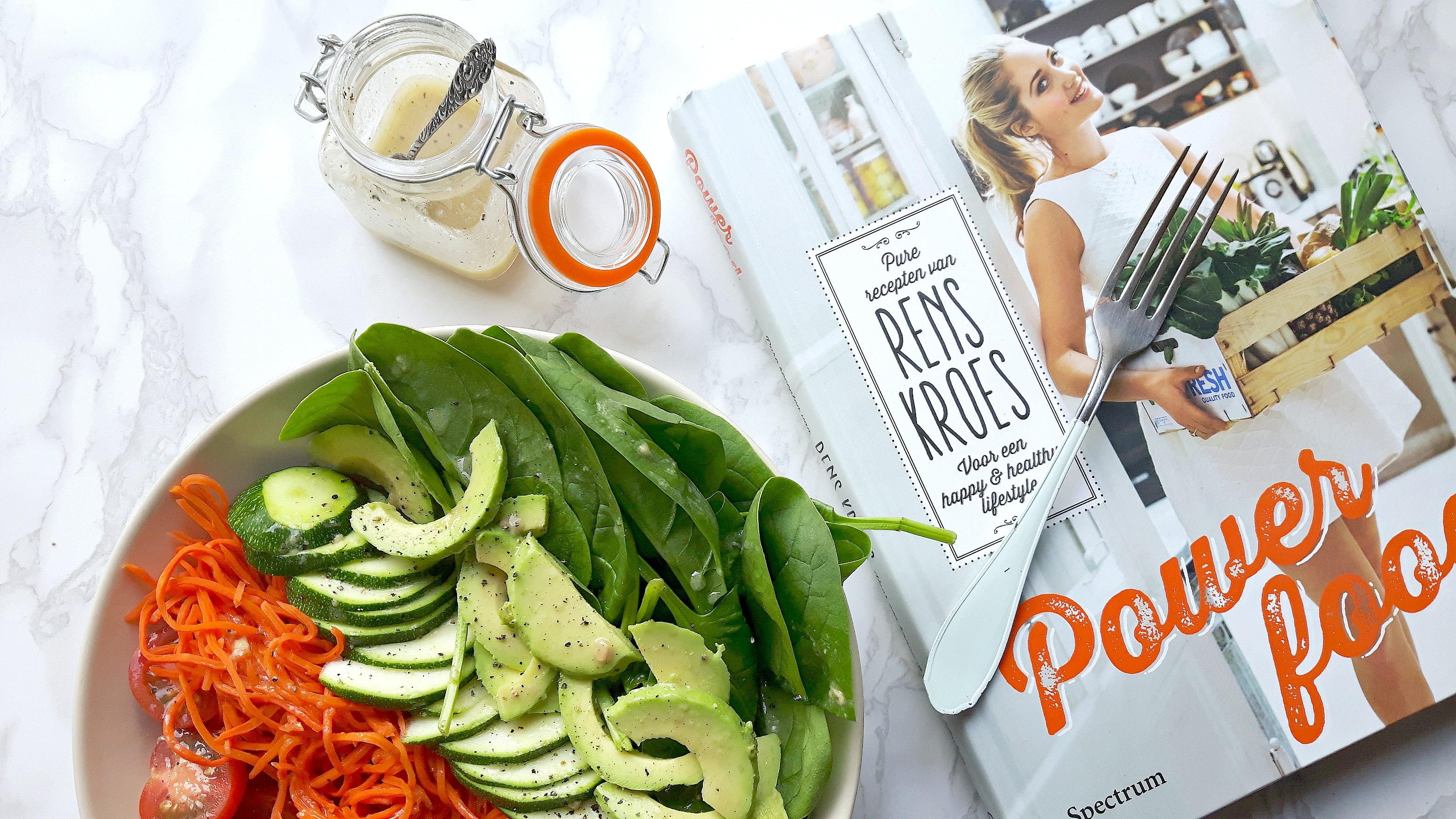 Eten volgens het boekje: Regenboogsalade van Rens Kroes