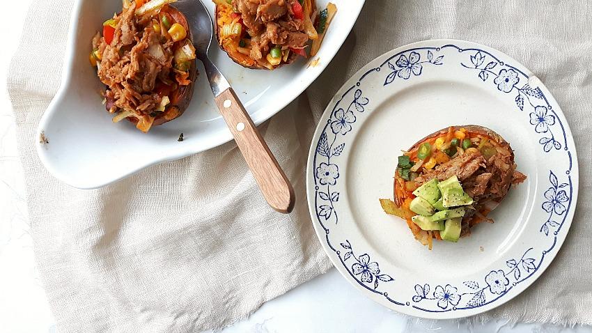 Review: Pulled veggie van Vivera + recept voor gevulde zoete aardappel