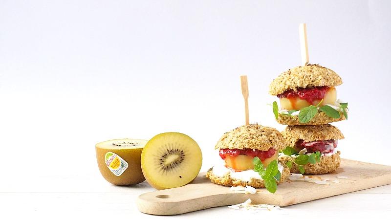 Koken met Zespri: Breakfast burger met gegrilde SunGold kiwi