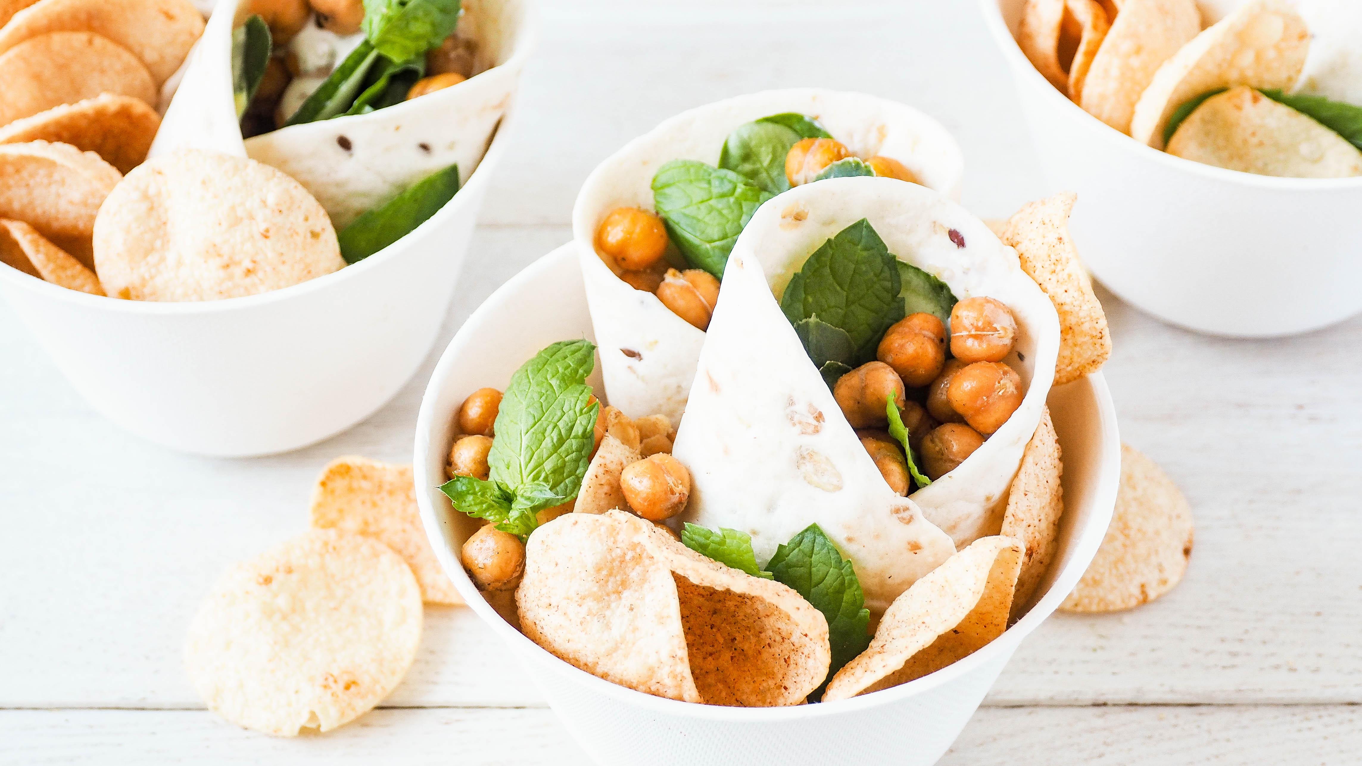 Recept: Wraps met labneh, geroosterde kikkererwten en hummus chips