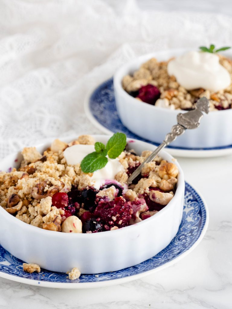 Rood fruit havercrumble