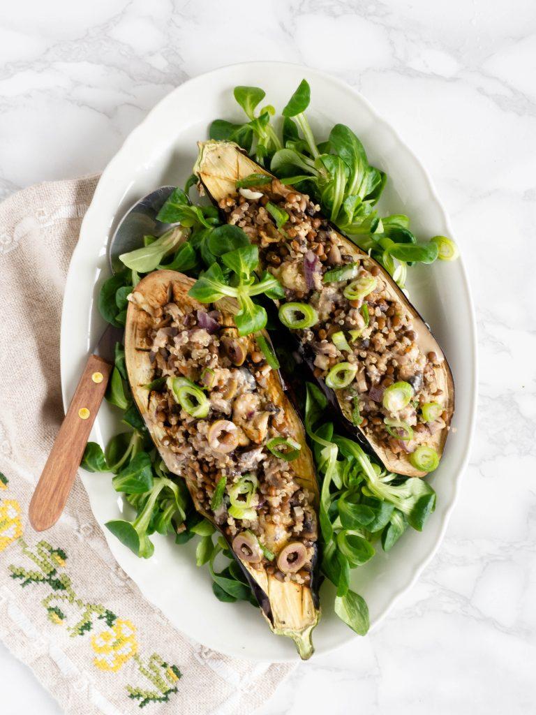 Gevulde aubergine met linzen en quinoa