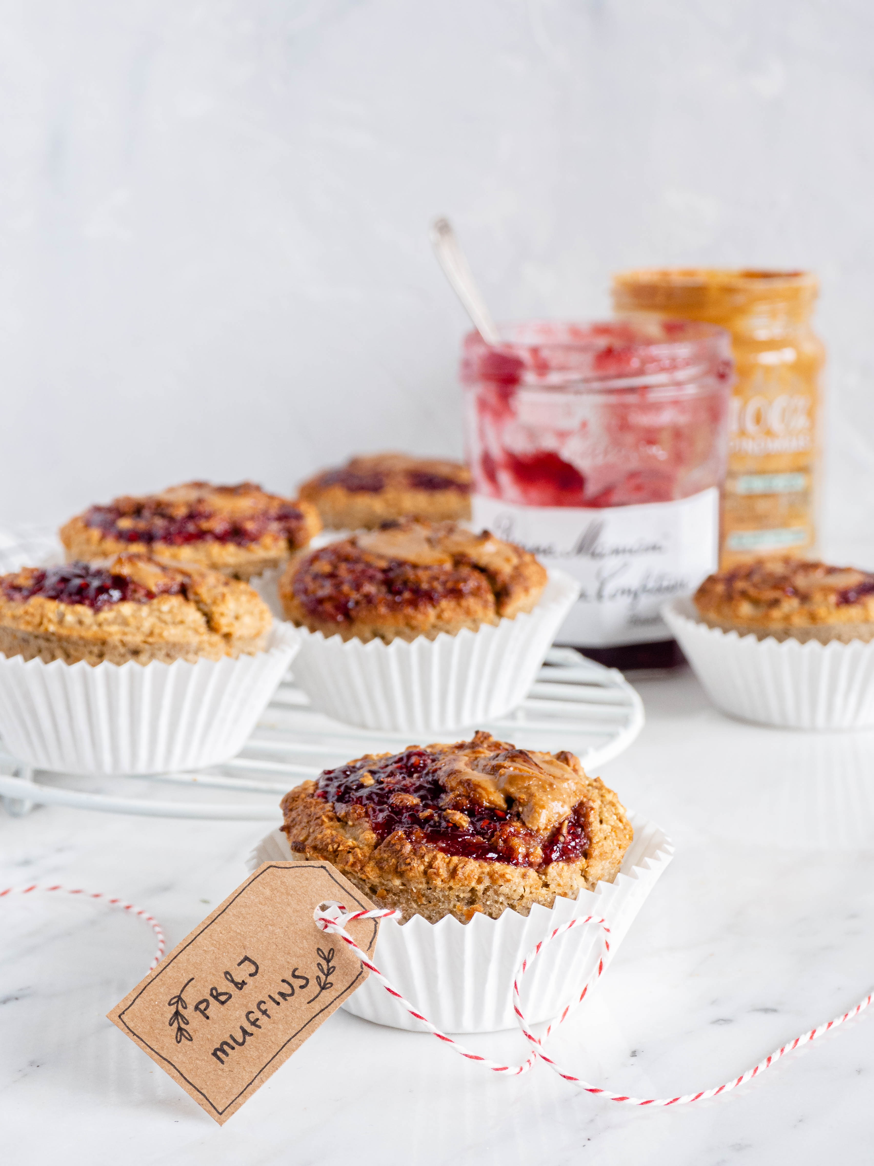 vegan peanutbutter jelly muffins