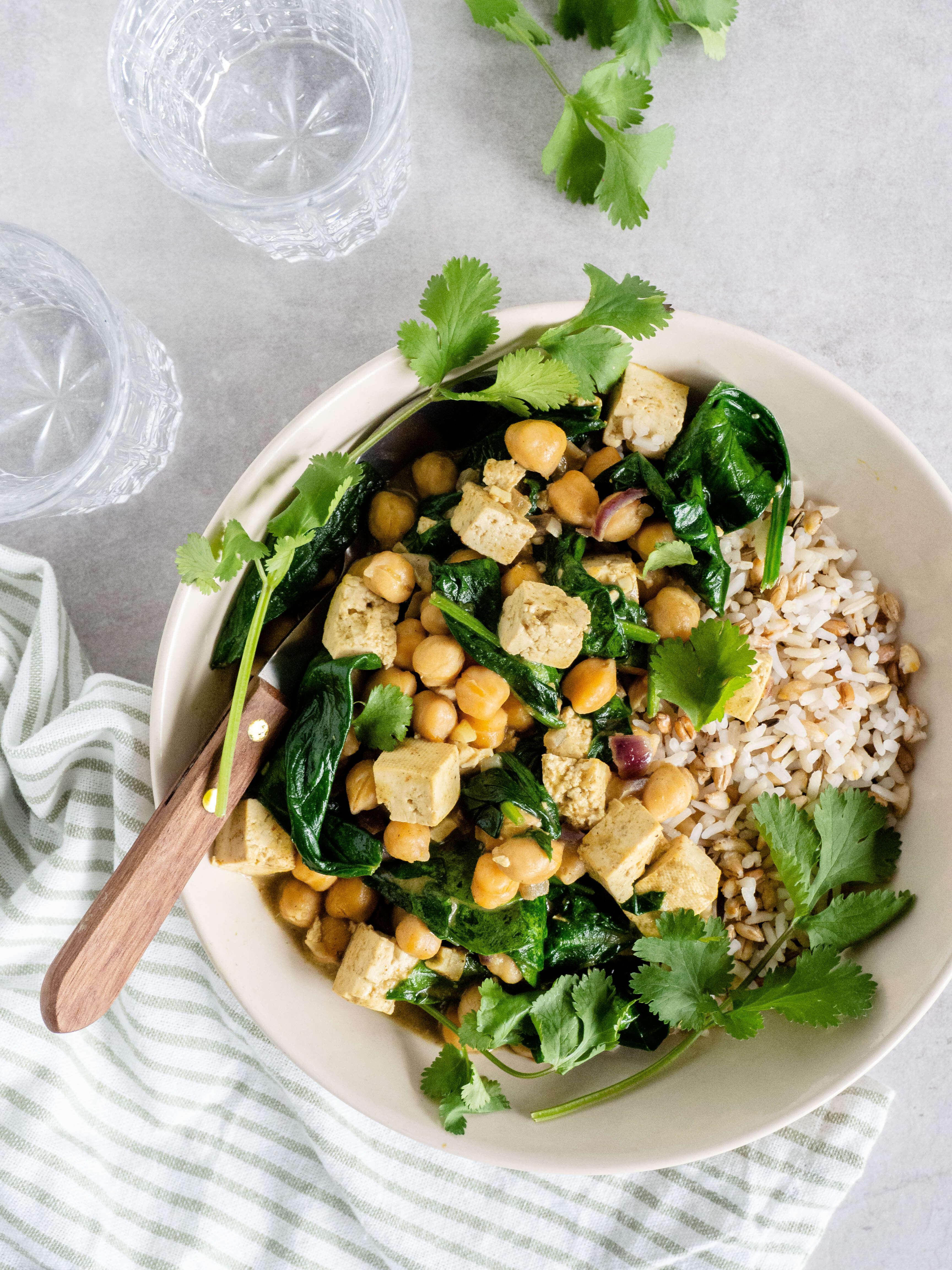 vegetarische curry met tofu