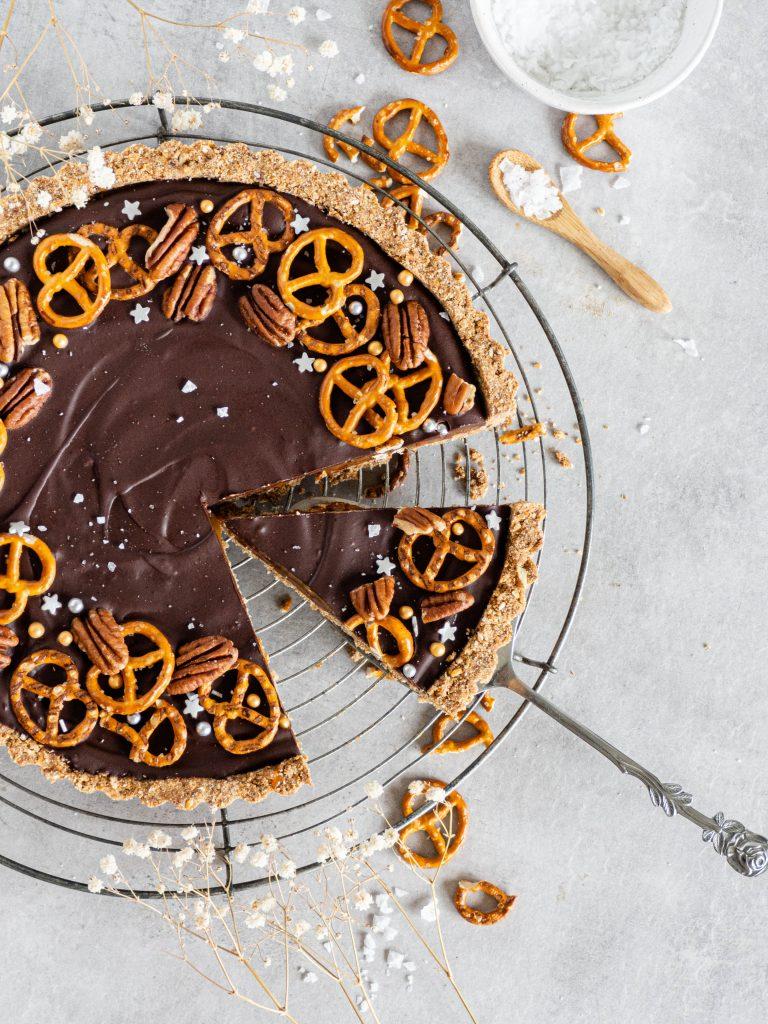 salted caramel pretzel taart